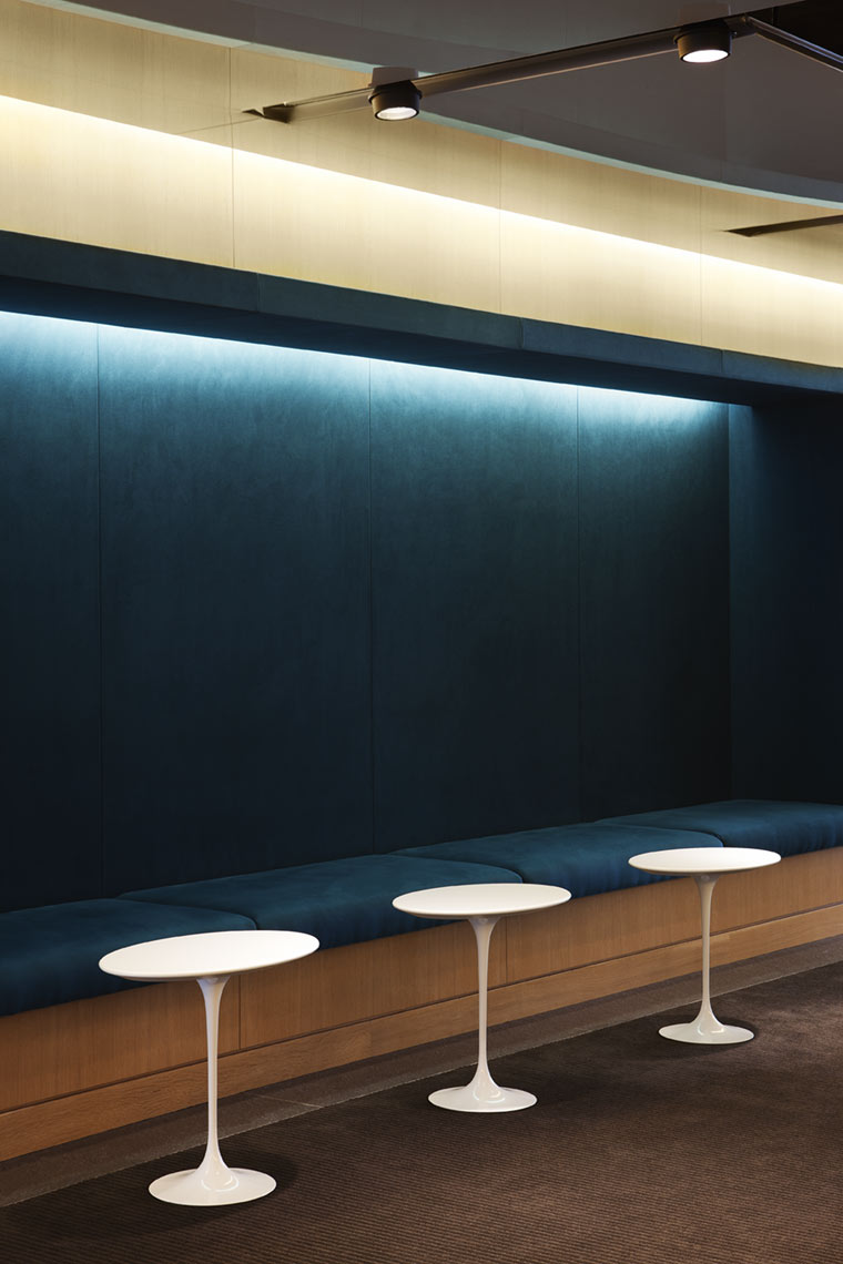 architectural photograph of an office building lunchroom sitting area