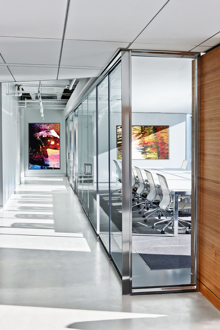 architectural photograph of an office conference room by Dan Poyourow